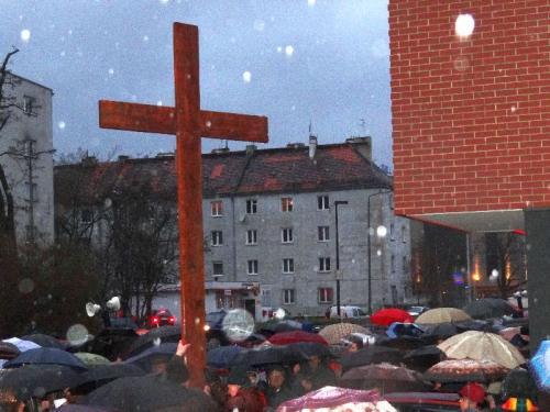 Droga Krzyżowa ulicami parafii - 2012
