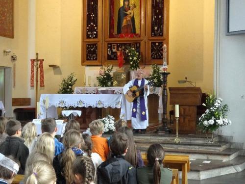 pierwsza-spowiedz-i-komunia-2012-03