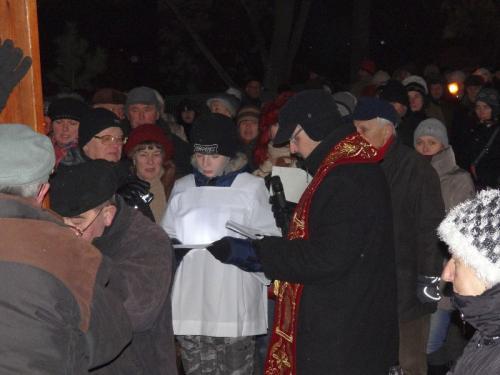 parafialna-droga-krzyzowa-2013-17
