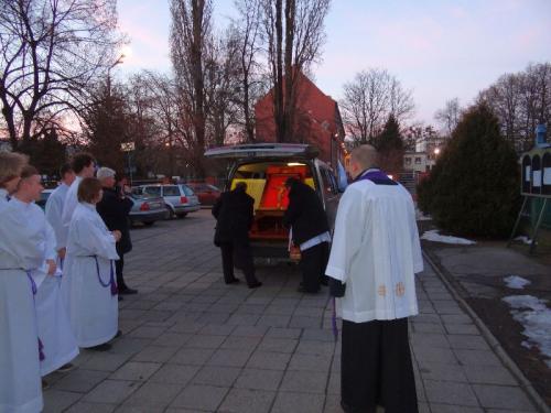 peregrynacja-papieskiego-krzyza-2-3.03.13-01