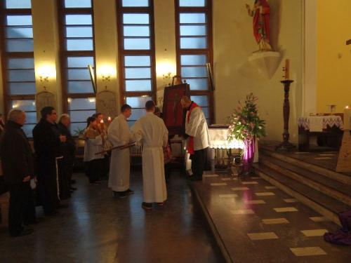 peregrynacja-papieskiego-krzyza-2-3.03.13-70