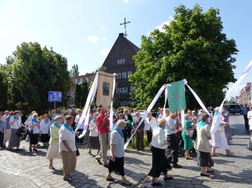 procesja-Bozego-Ciala-4.06.15-11