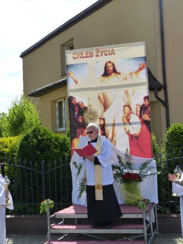 procesja-Bozego-Ciala-4.06.15-33