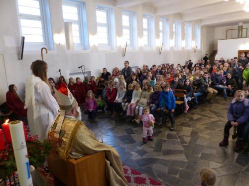 Z-zycia-parafii-listopad-grudzien-2015-55