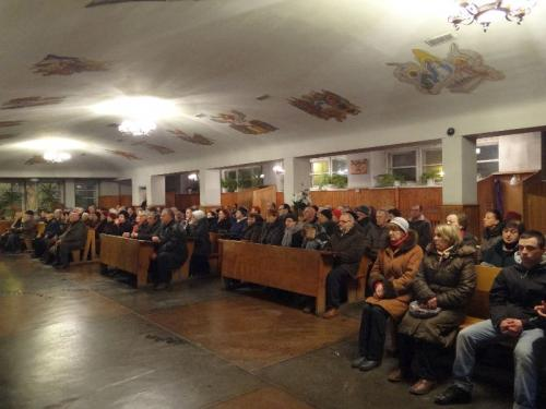 wigilia-paschalna-i-rezurekcja-2013-30