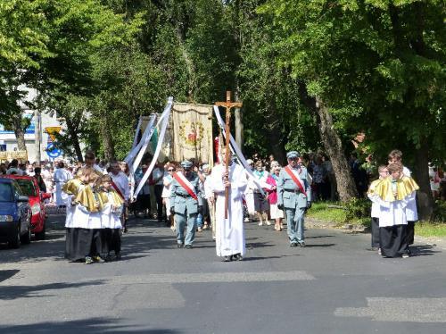 procesja-Bozego-Ciala-4.06.15-23